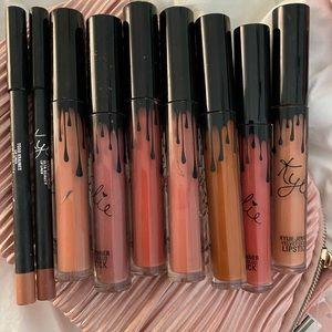 Kylie lip bundle of 7 colors and 2 lip pencils